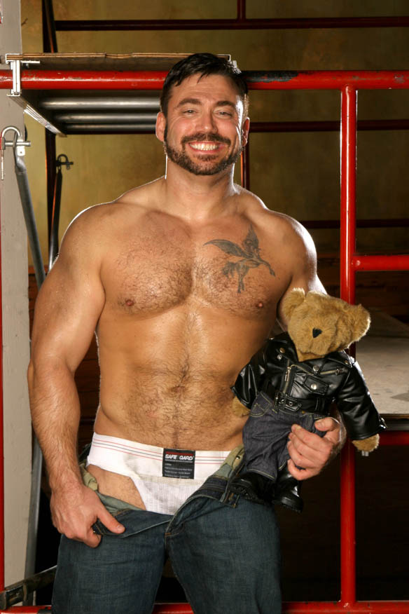 bacheca escort napoli gay bodybuilder escort