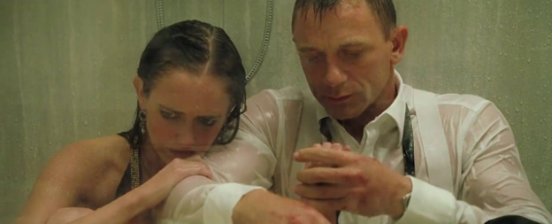 james-bond-veser-shower-scene-casino-royale